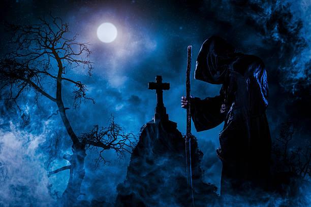- schamane - halloween grabsteine stock-fotos und bilder