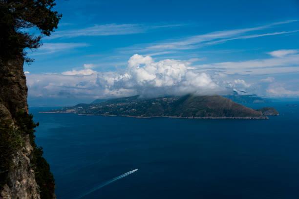 Sorrentinische Halbinsel von Capri aus gesehen – Foto