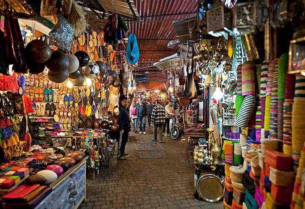 souk sensazione, marrakech, marocco - bazar mercato foto e immagini stock