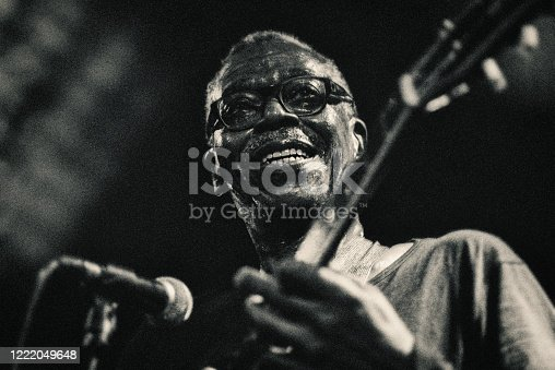 Singer, Nightclub, Jazz, Funk music, vintage, black and white, music, the past, stage light,