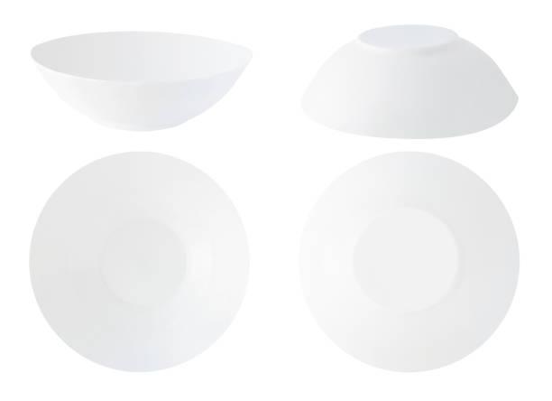 Assiettes à soupe isolés - Photo