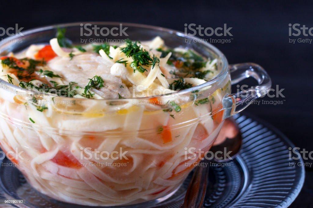sopa com macarrão caseiro - Foto de stock de Almoço royalty-free