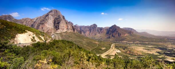 Südafrika Hawequas Berge und Autobahn ein Luftpanorama – Foto