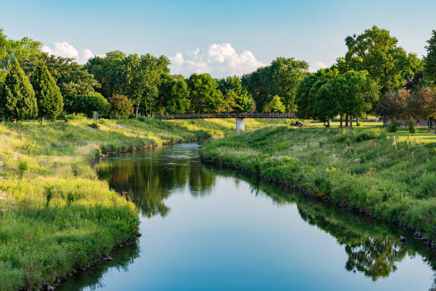 South Fork Zumbro River in Rochester South Fork Zumbro River in Soldiers Field Park in Rochester, Minnesota minnesota stock pictures, royalty-free photos & images