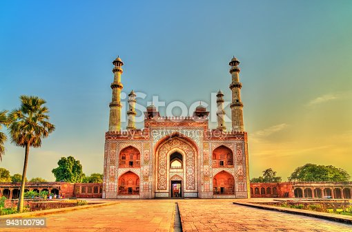 istock South Gate of Sikandra Fort in Agra - Uttar Pradesh, India 943100790
