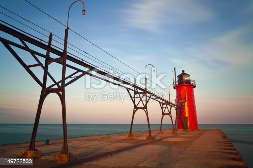 177362898istockphoto South Haven Lighthouse. 149722533