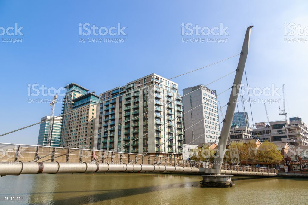 South Quay footbridge in Canary Wharf, Londen royalty free stockfoto