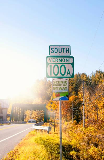 Panneau de signalisation de South Vermont, automne, États-Unis - Photo
