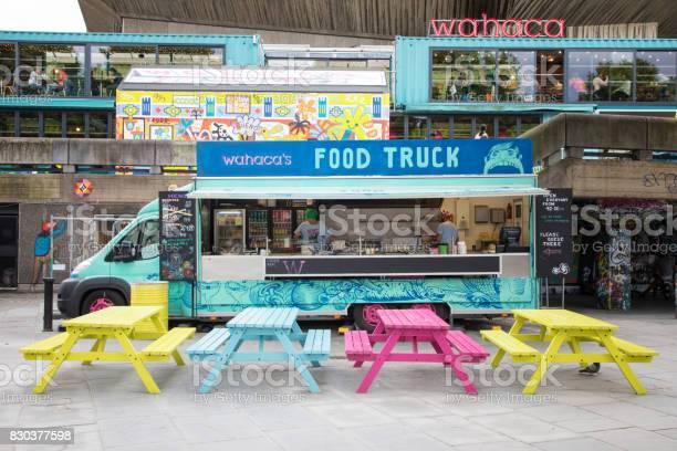 Southbank food wagon picture id830377598?b=1&k=6&m=830377598&s=612x612&h=tewkweer2iip2fn5cgzfejcxzq70uuetp39zuqzvhbo=