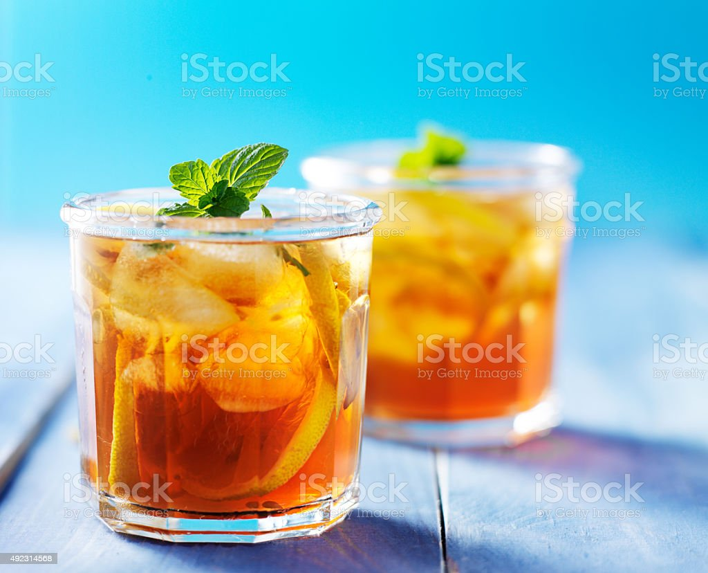 southern sweet tea in two cups stock photo