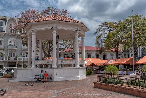 souvenir stands and pavilion on the plaza de la independencia, casco viejo, historic district of panama city