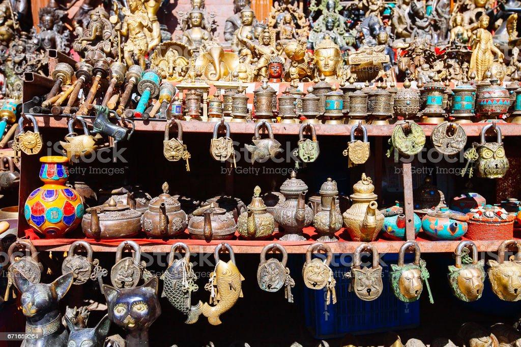 souvenirs offered on a market kathmandu nepal 1人のストックフォト