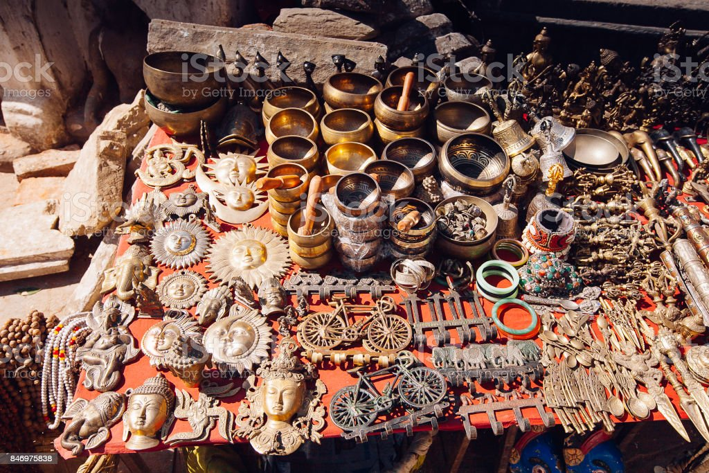 Souvenirs angeboten auf dem Markt, Kathmandu, Nepal – Foto