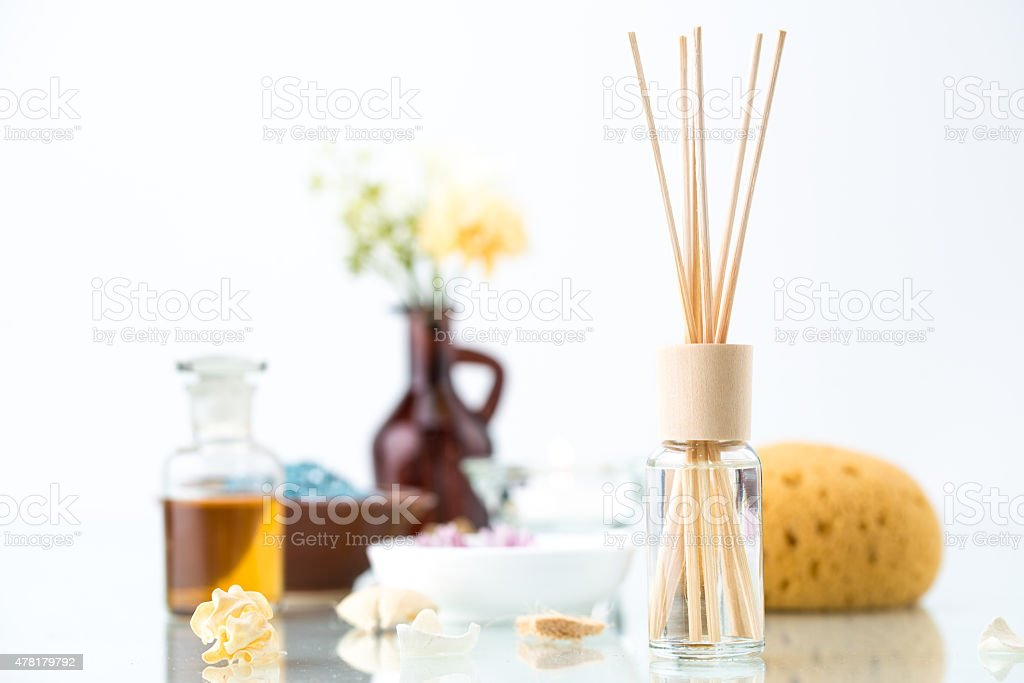 Spa conceito com aromaterapia, purificador de ar, óleo essencial - foto de acervo