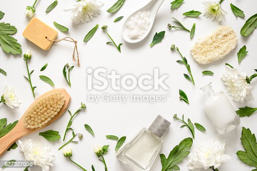 istock Spa floral background 627327036