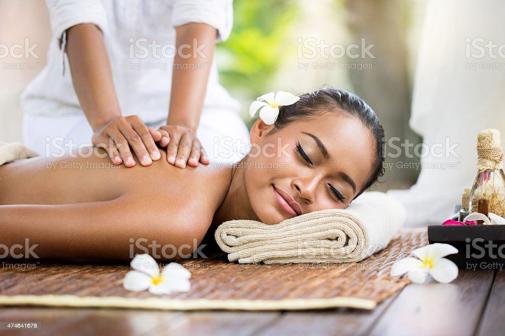 Spa-massage im Freien – Foto