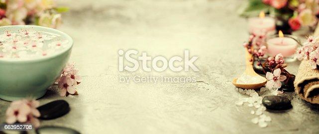 istock Spa setting 663952708