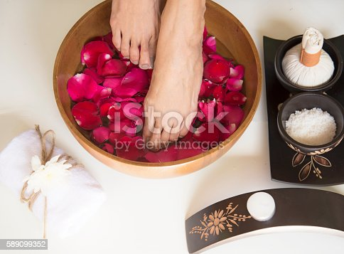 istock Spa treatment and product for female feet and hand spa 589099352