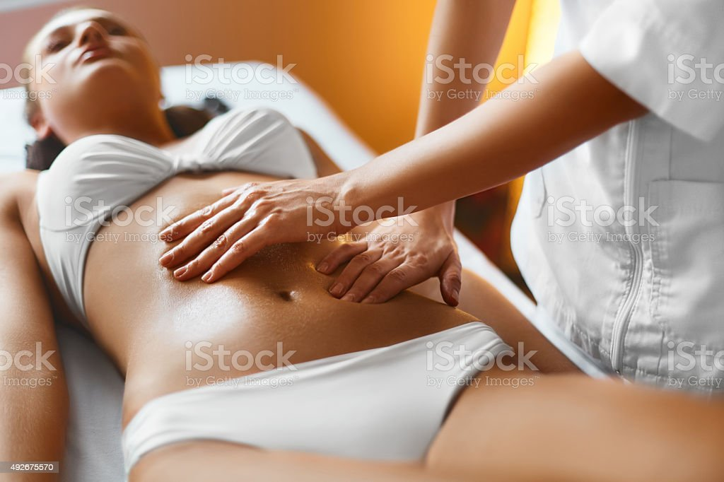 Spa woman body care massage woman body in spa salon stock photo more pictures of 2015 istock - Salon massage body body paris ...