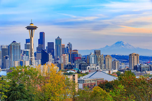 Space Needle and Seattle downtown Seattle downtown and Space Needle  view, Washington, USA washington state stock pictures, royalty-free photos & images