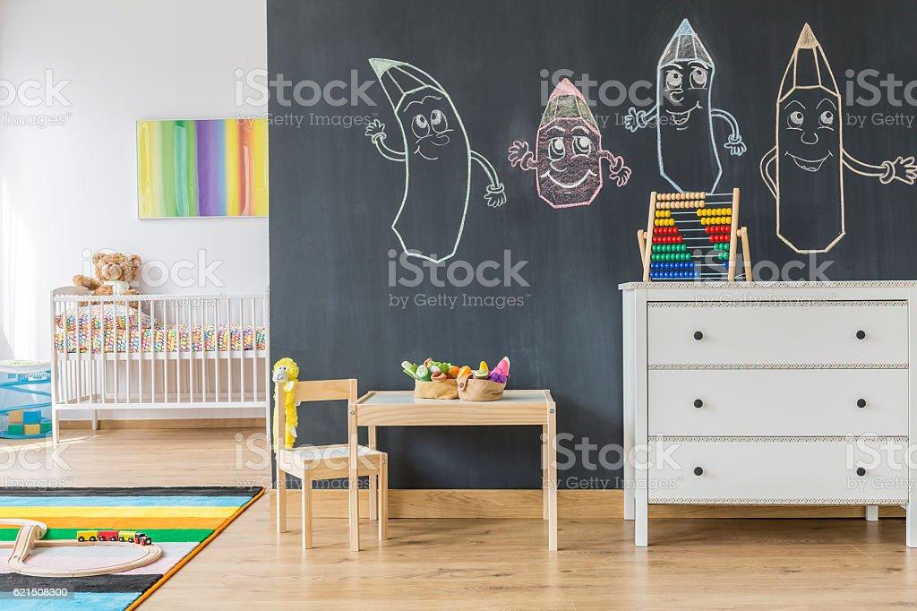 Spacieuse chambre enfant photo libre de droits