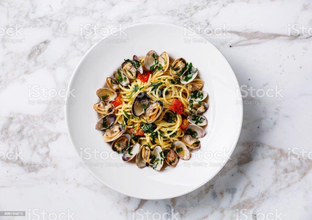 Spaghetti alle pasta Vongole almejas - foto de stock