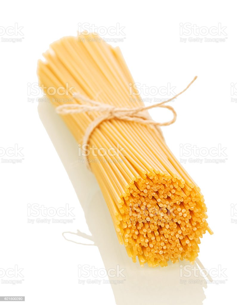 Spaghetti associated with string isolated on white. photo libre de droits