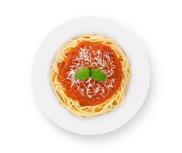 spaghetti bolognese auf teller - ansicht von oben (mit pfad) - spaghetti tomatensauce stock-fotos und bilder