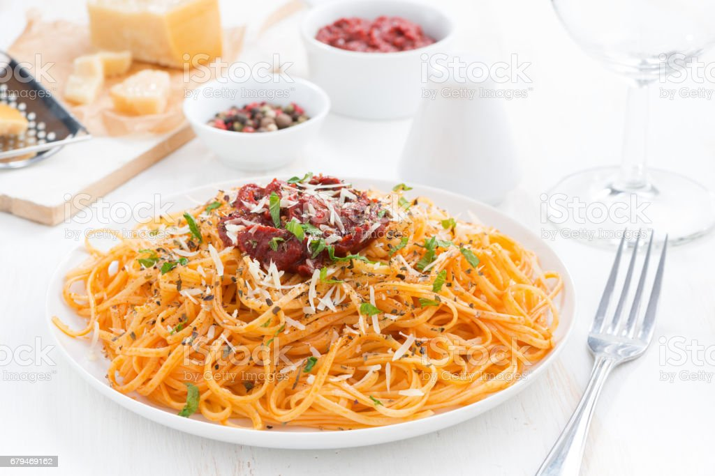 spaghetti with tomato sauce and parmesan cheese royalty-free stock photo