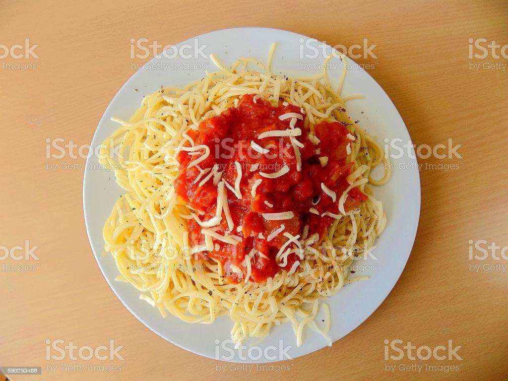 Spaghetti with tomato sauce royaltyfri bildbanksbilder