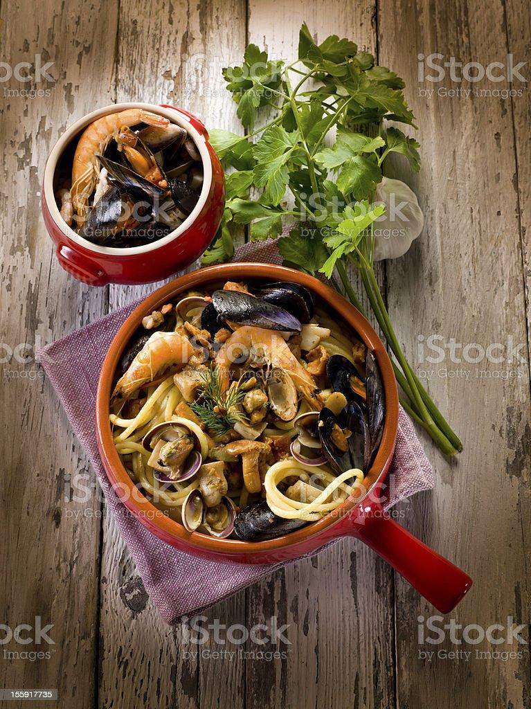 Spahetti With Seafood And Mushrooms Pasta Mare E Monti Stock