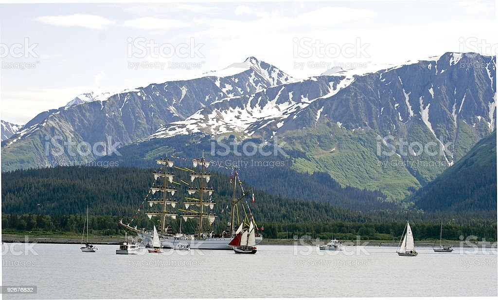 Español Barque navega en Seward Alaska - foto de stock