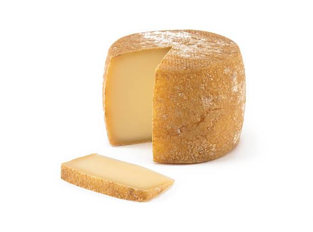Spanischer Käsesorten auf isolierte Hintergrund – Foto