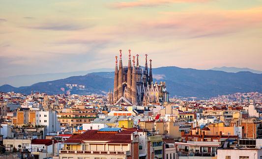 Spanish Cities La Sagrada Familia Barcelona Golden Hour Stock Photo - Download Image Now