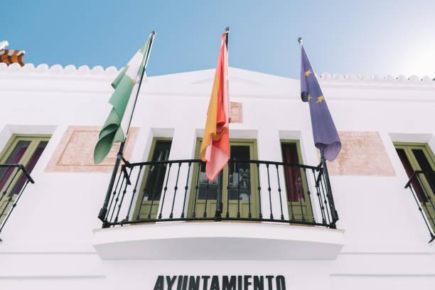 banderas española - andalusian flag fotografías e imágenes de stock