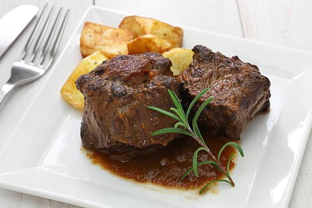 spanish oxtail stew