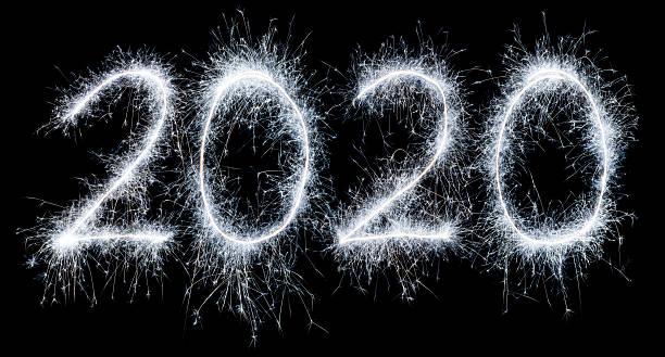 Burbujeante y nuevo año 2020 - foto de stock