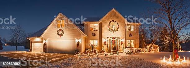 Special holiday decorated home with evening christmas lighting fluffy picture id629652982?b=1&k=6&m=629652982&s=612x612&h=bkxwnn9byo lt5lxgovi2kvgcxysfksnmnoa4sezkce=
