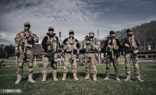 istock special soldiers seal team in action airsoft game 1136551754