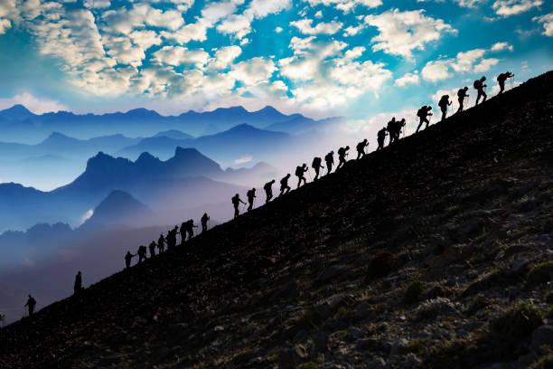 아름 다운 산악 등반, 활동 및 프로그램 - 등산 뉴스 사진 이미지