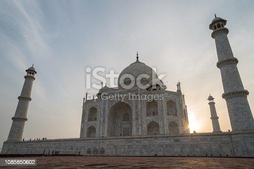 Spectacular view of the Taj Mahal at sunrise, India