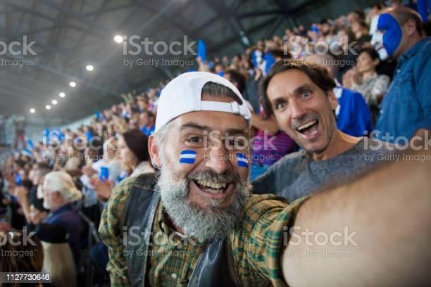 Spectators cheering in stadium picture id1127730646?b=1&k=6&m=1127730646&s=612x612&h=ejx bjj0wfehnxkcucdpo4dszfmgbedxkkrowrn4hfc=