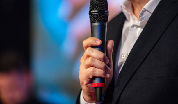 Rede auf der Konferenz – Foto