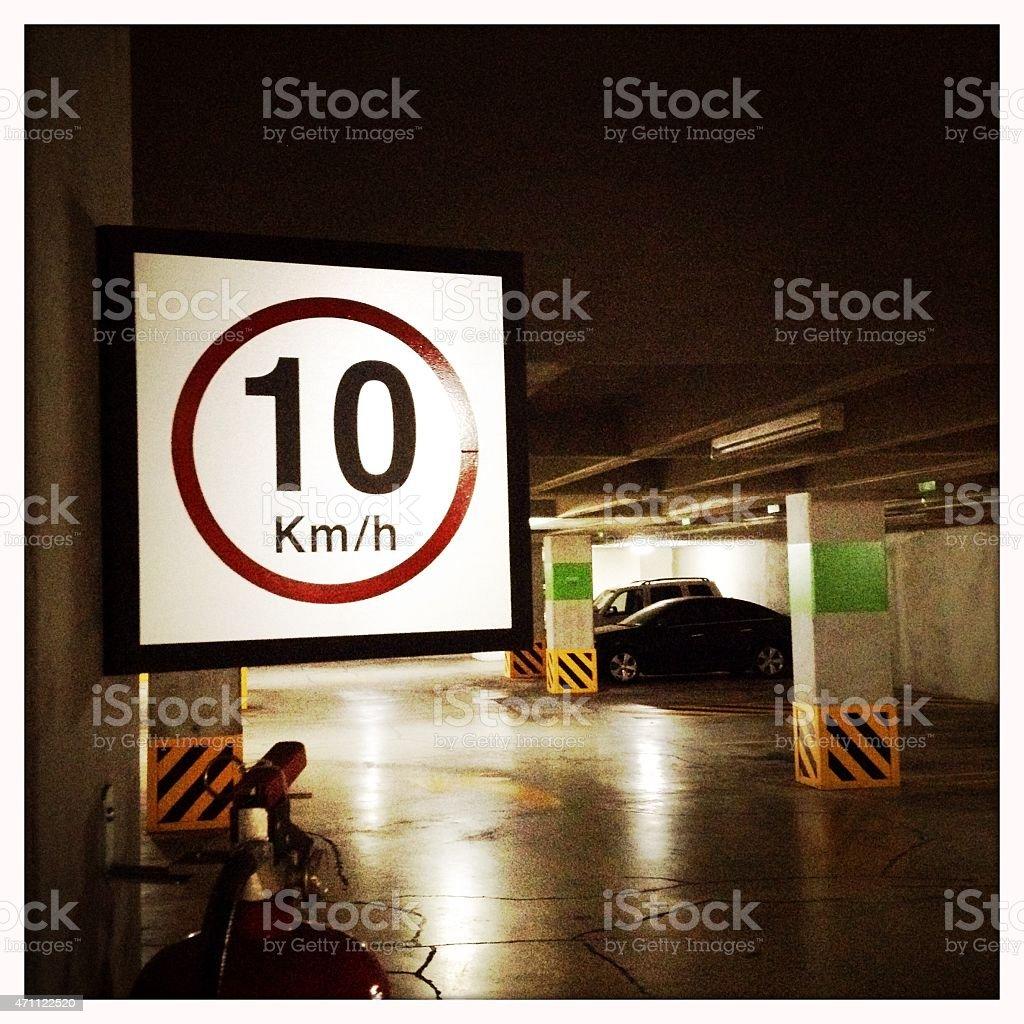Placa de Limite de velocidade de 10 km/h - foto de acervo
