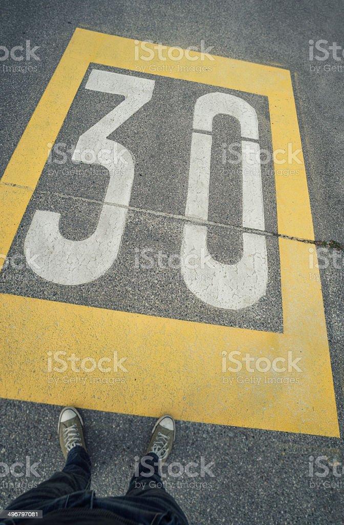Límite de velocidad de 30 - foto de stock