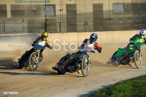 istock Speedway race 182786092