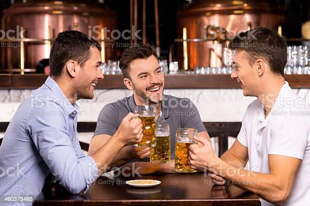 Acumular Tiempo En El Bar Foto de stock y más banco de imágenes de Actividades recreativas