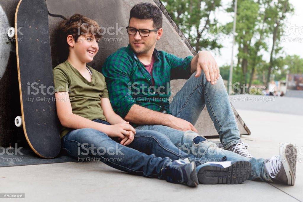 Spending time together - foto de acervo
