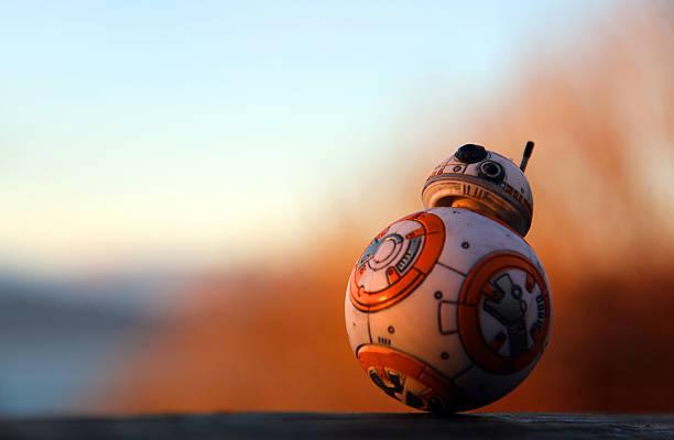 esfera ao pôr-do-sol - star wars - fotografias e filmes do acervo