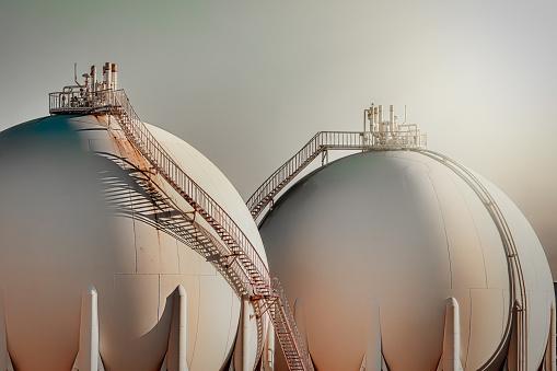 Sphere gas tanks in refiney plant